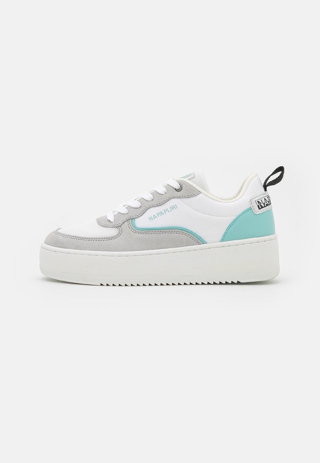 RIVER - Sneakers - white/mint