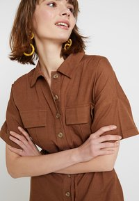 Nly by Nelly - WORKWEAR PLAYSUIT - Combinaison - brown - 5