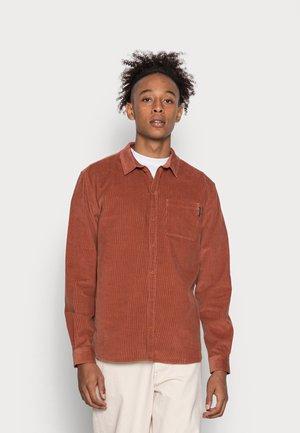 ALYSSUM - Overhemd - dark orange