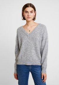 Carin Wester - JUMPER TEKLA - Stickad tröja - grey melange - 0
