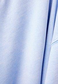 Bershka - MIT PRINT UND STICKEREI  - Sweatshirts - light blue - 5