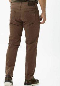 BRAX - STYLE CADIZ - Straight leg jeans - nougat - 2