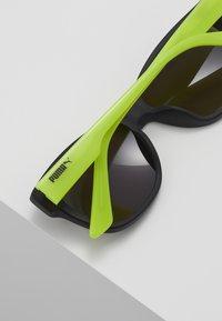 Puma - SUNGLASS KID  - Sunglasses - black/green/grey - 3