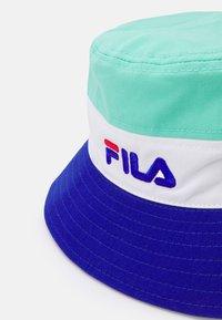 Fila - BLOCKED BUCKET HAT UNISEX - Sombrero - mint/white/blue - 3