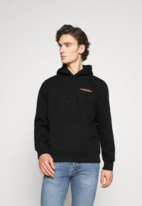 Carhartt WIP - HOODED INTERNATIONAL OPERATIONS - Sweat à capuche - black/red - 0
