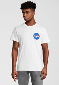 Re:Covered - NASA POCKET LOGO - T-shirt print - weiß - 0