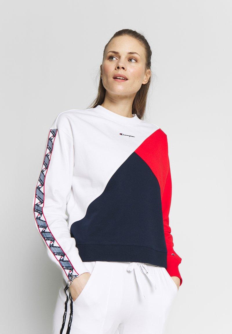 Champion - CREWNECK - Sweatshirt - white