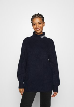 LOFTY TURTLE NECK - Strikkegenser - twilight navy