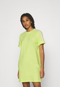 adidas Originals - TEE DRESS - Jersey dress - pulse yellow - 0
