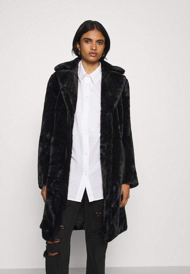 VIBODA COAT - Krátký kabát - black