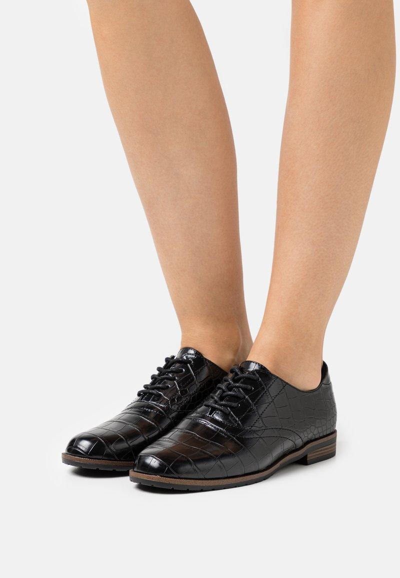 Vero Moda - VMLIDIA SHOE - Lace-ups - black