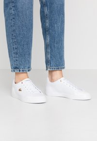 Lacoste - LEROND 120 - Trainers - white/gold - 0