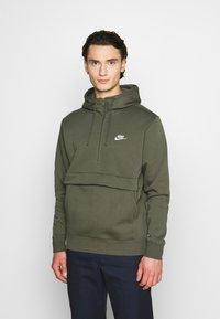 Nike Sportswear - CLUB HOODIE - Hoodie - twilight marsh - 0