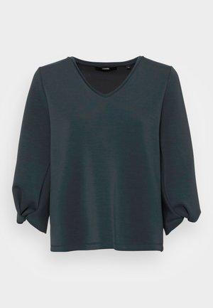 USOLA - Camiseta de manga larga - pacific