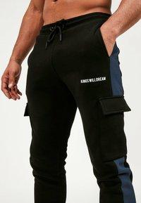 Kings Will Dream - Cargo trousers - black/navy - 5