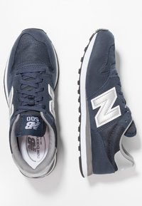 New Balance - GM500 - Baskets basses - navy - 1