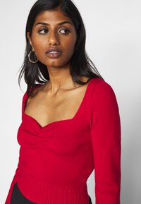 Fashion Union Petite - JESSICA - Pullover - red - 5