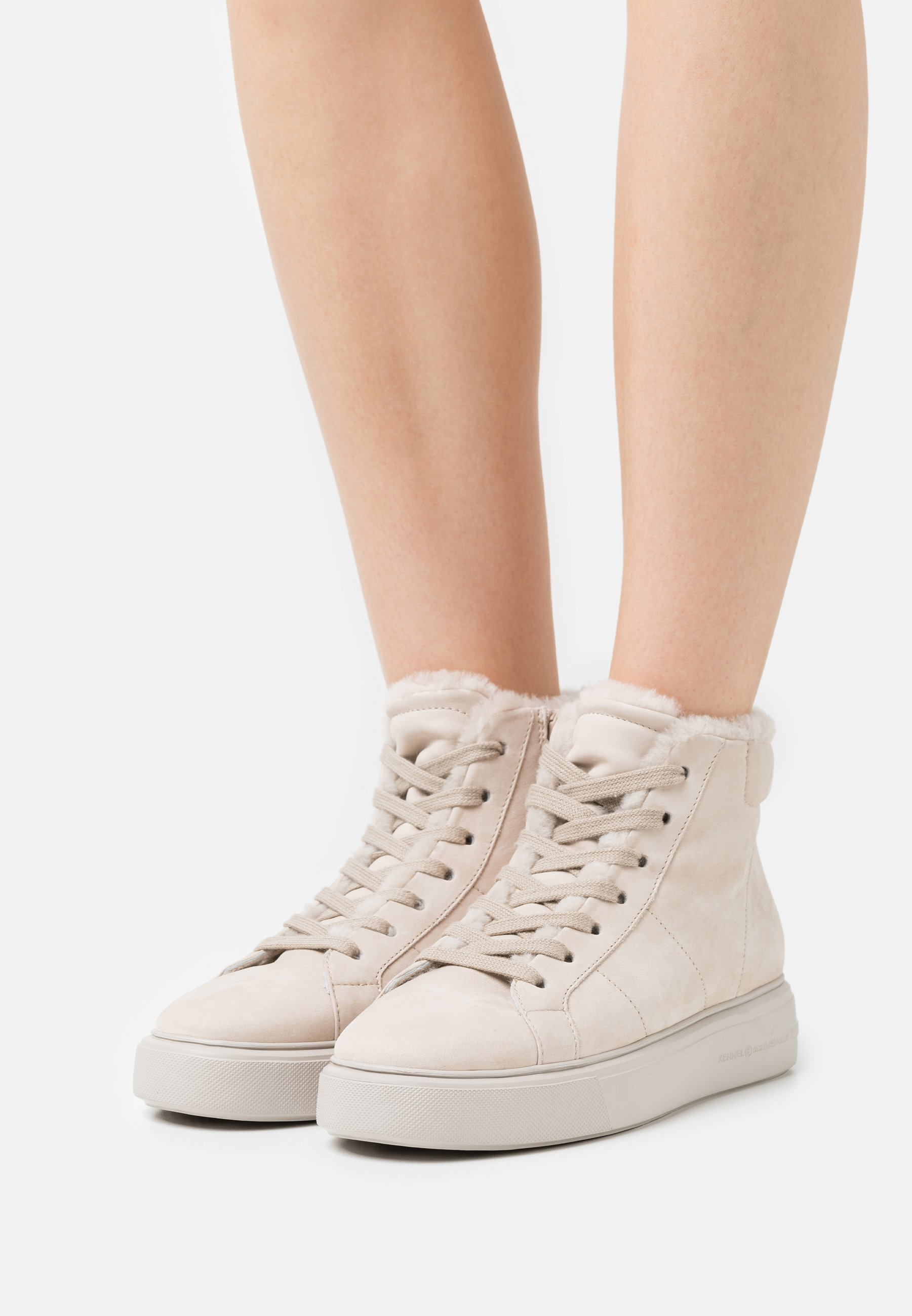 Women PRO - High-top trainers