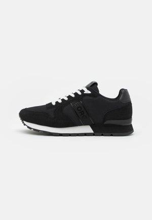 R455 - Sneakers basse - black