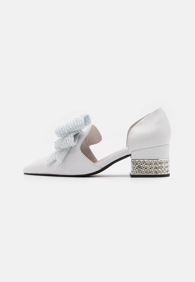 VALENTI - Tacones - white/silver