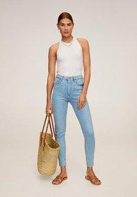 Mango - NOA - Jeans Skinny Fit - hellblau - 1