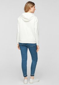 comma - Hoodie - white placed print - 3
