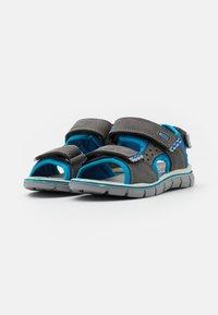 Primigi - Sandals - grigo scuro/azzurro - 1