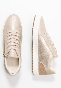 Geox - BLOMIEE - Sneakers laag - light gold - 3