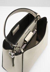 L. CREDI - FABIENNE - Handbag - stone - 3