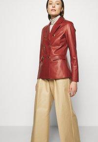 Bally - Leather jacket - spice - 4