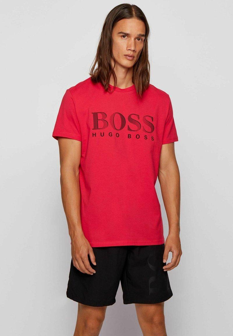 BOSS - T-shirt imprimé - pink