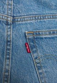 Levi's® Plus - 501 CROP - Vaqueros tapered - light-blue denim - 4