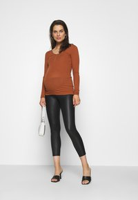 Pieces Maternity - PCMKITTE - Long sleeved top - mocha bisque - 1