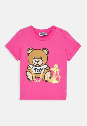 T-shirt print - azalea pink