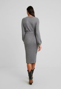 Vero Moda - VMSVEA - Jumper dress - medium grey melange - 2