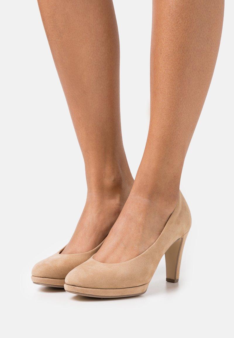 Gabor - High heels - caramel