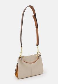 See by Chloé - TILDA MEDIUM - Handbag - cement beige - 1