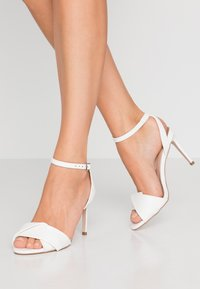 Dorothy Perkins - BETH ORIGAMI DRESSY - High heeled sandals - white - 0