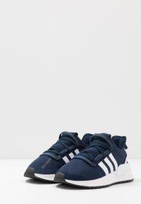 adidas Originals - PATH RUN - Trainers - collegiate navy/footwear white/core black - 3