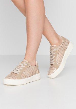 KELLI - Sneakers laag - beige