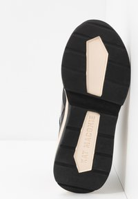 Kat Maconie - RUTHIE - High-top trainers - blush - 5