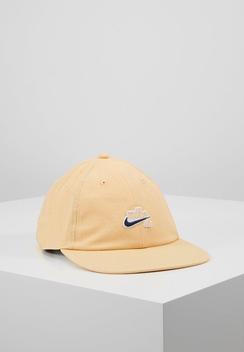 Nike SB - FLATBILL - Kšiltovka - celestial gold
