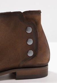 Brett & Sons - Kotníkové boty - baby cognac - 5