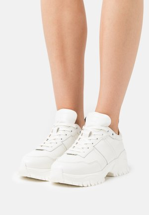 AFRIA  - Sneakers basse - offwhite