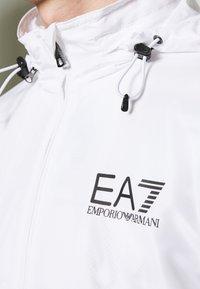 EA7 Emporio Armani - GIUBBOTTO - Větrovka - white - 6