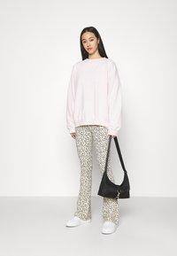 Missguided - WASHED - Sweatshirt - light pink - 1