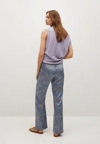 Mango - ESTAMPADO - Trousers - azul - 2