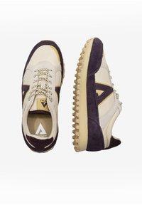 ASFVLT - CHASE - SNEAKER LOW - Sneakers basse - tan/burg.g - 1