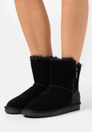 LUNA CROCO - Classic ankle boots - black