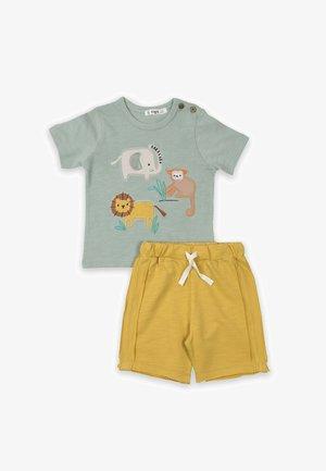 SET - Shorts - light green